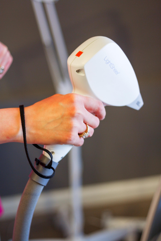 Epilacja laserowa - co warto wiedzieć przed zabiegiem?